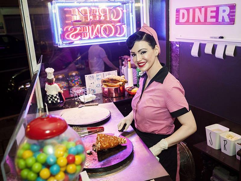 Things in Sydney for older kids - diner