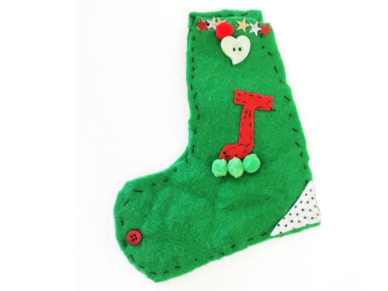 DIY Felt Christmas Baubles for the kids to make