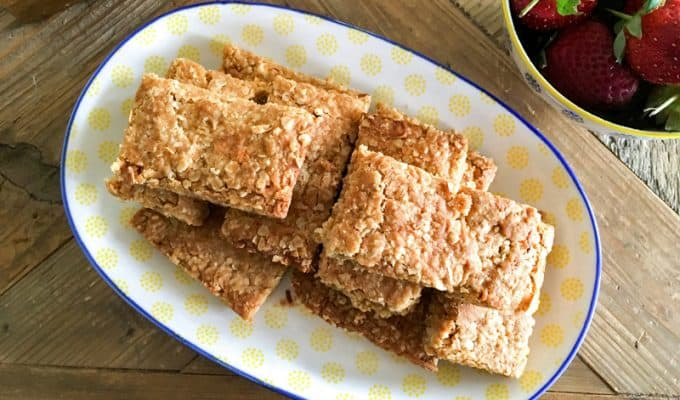 Anzac Slice - yummy Anzac Biscuits in a slice