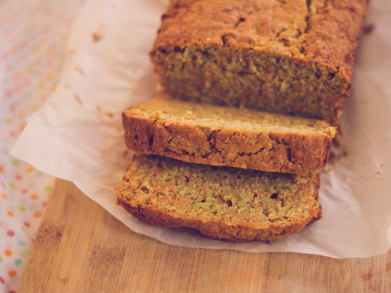 Our new favourite snack: Zucchini, carrot and apple loaf