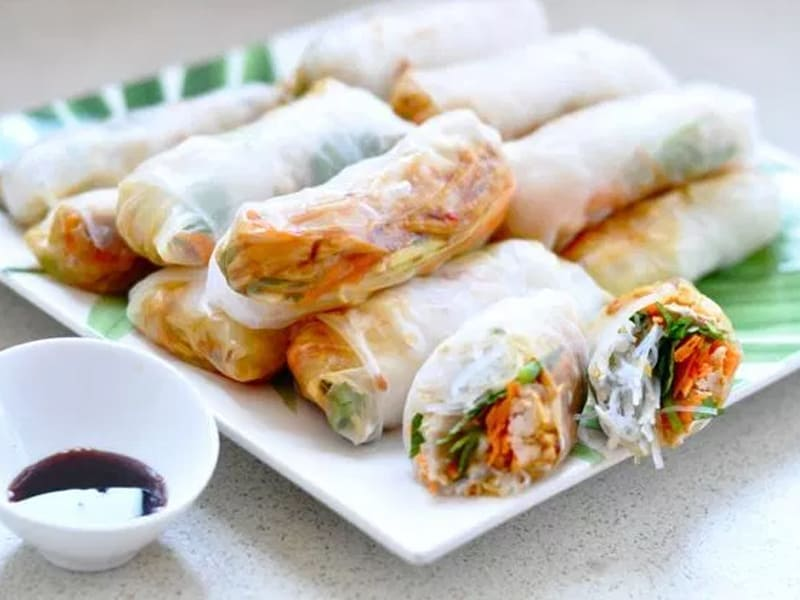 Rice paper rolls for the lunchbox