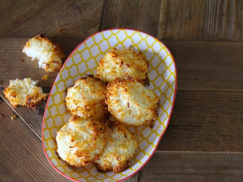 Cheat's coconut macaroons to make you swoon
