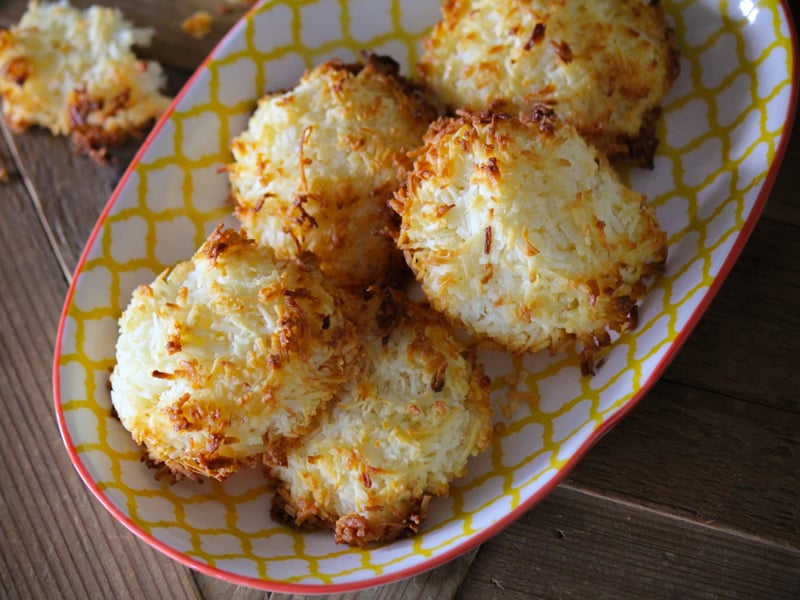 Coconut macaroons that take less than 15 minutes to bake