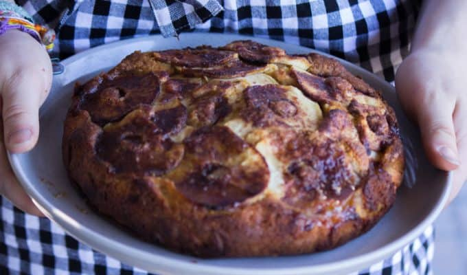 Caramel apple teacake - a delightful cake that's easy to make