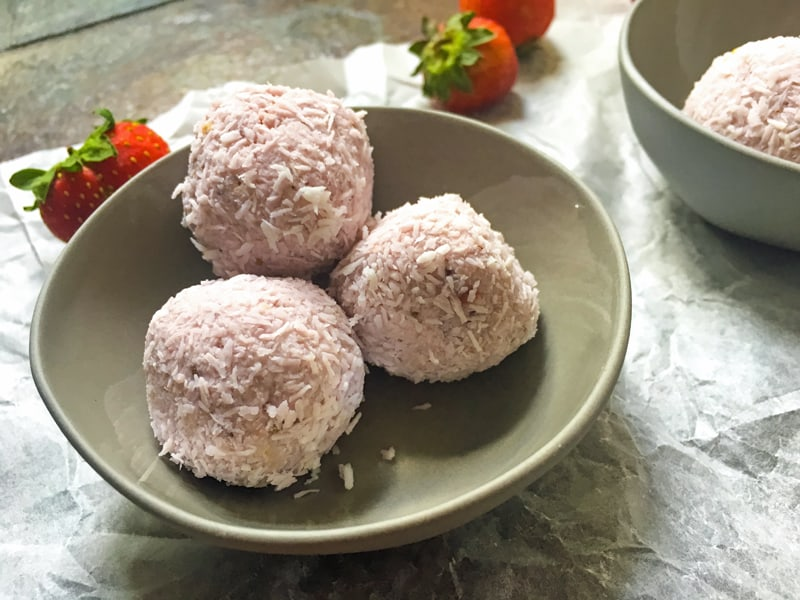 Strawberry bliss balls recipe